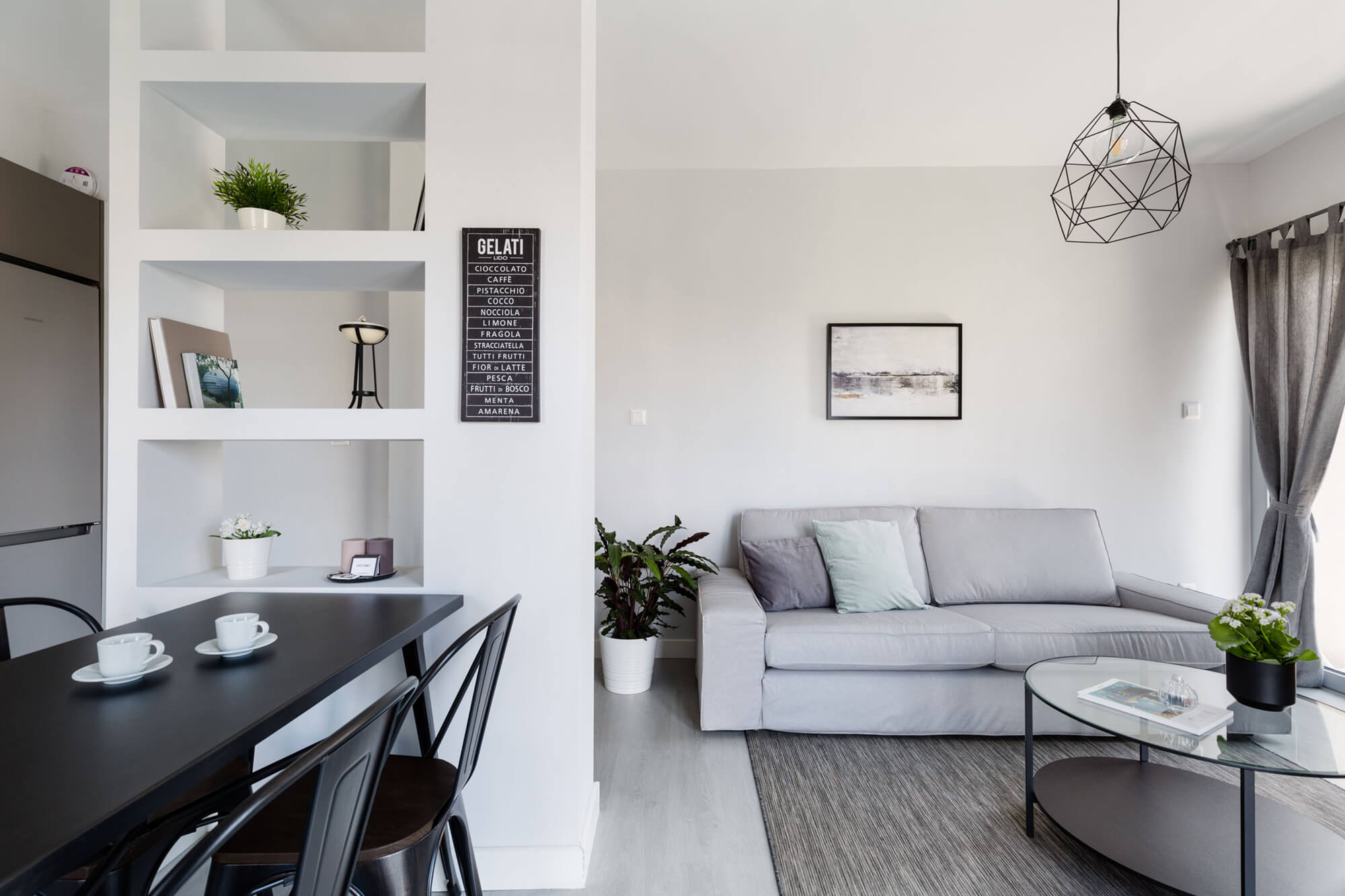 Minimal 2BR Apartment with Lycabettus view