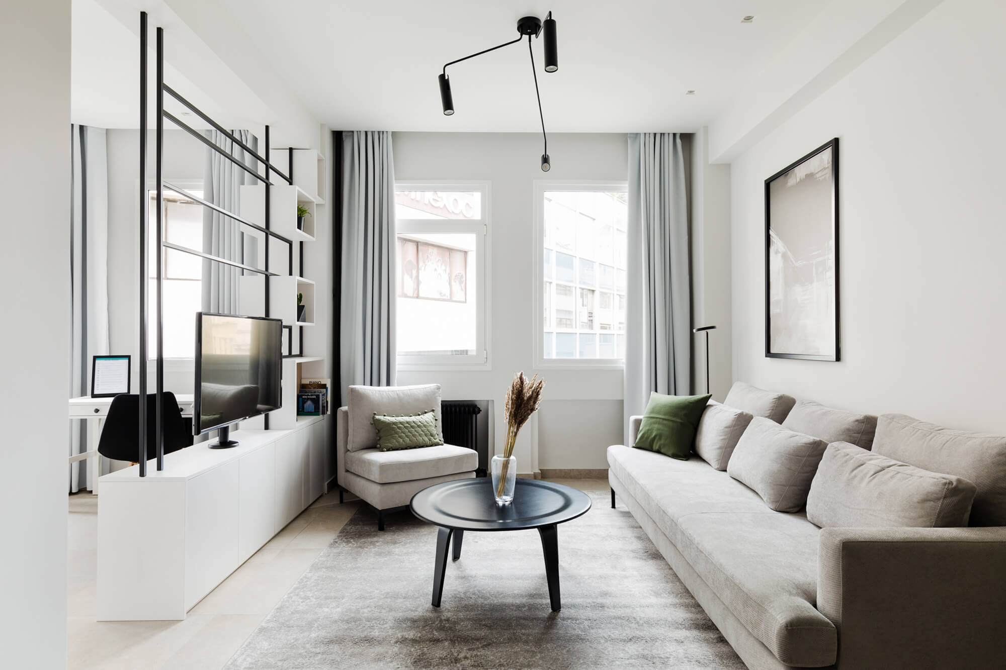 Luxury 1BR Apartment – A