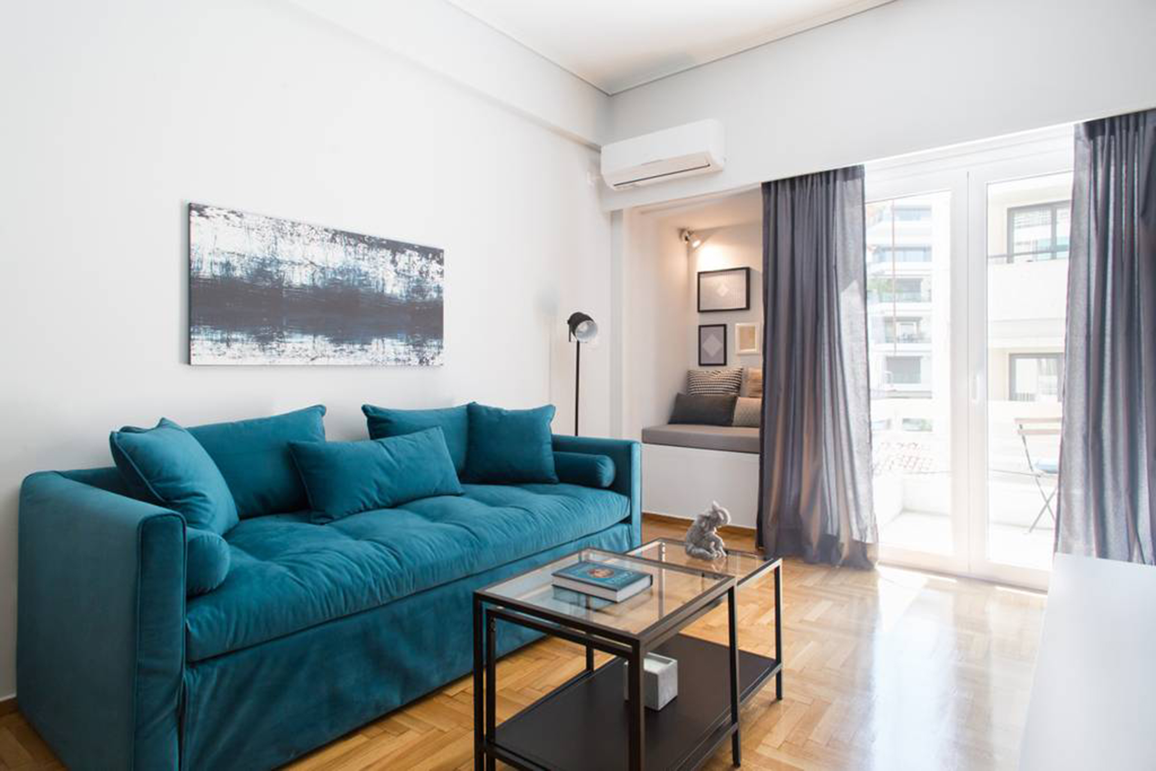 Bright 1BR Flat near the Acropolis